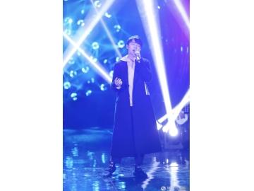 吴青峰《歌手》2019首期竞演排名高位 动情演唱《燕窝》口碑爆棚