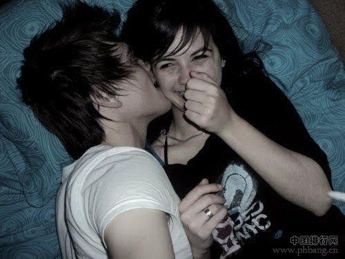 亲吻女性下体的危害_男人最想亲吻女人的10大部位_中国排行网