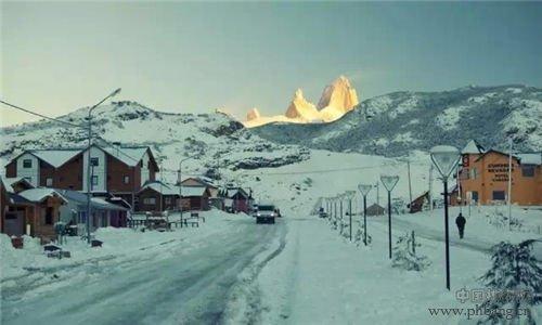 全球二十个最美冬季小镇 感受童话般冰雪世界