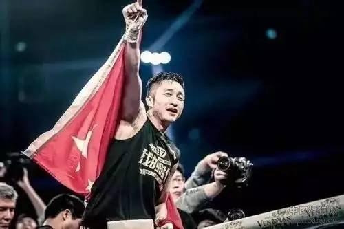 最新中国十大拳王排名:邹市明仅第三,第一无悬念。  2017-08